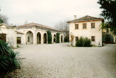 Adiacenze di villa Sicher, Barnabò