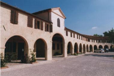Barchessa di villa Badoer, Marcello