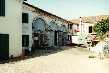 Barchessa di villa Bianchi, Tiretta
