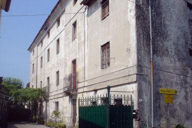 Villino Schio, Tornieri, Carretta