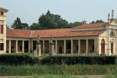 Villa Angarano, Formenti, Molin, Molin Gradenigo, Gradenigo, Pisani Michiel, Michiel, Bianchi Michiel