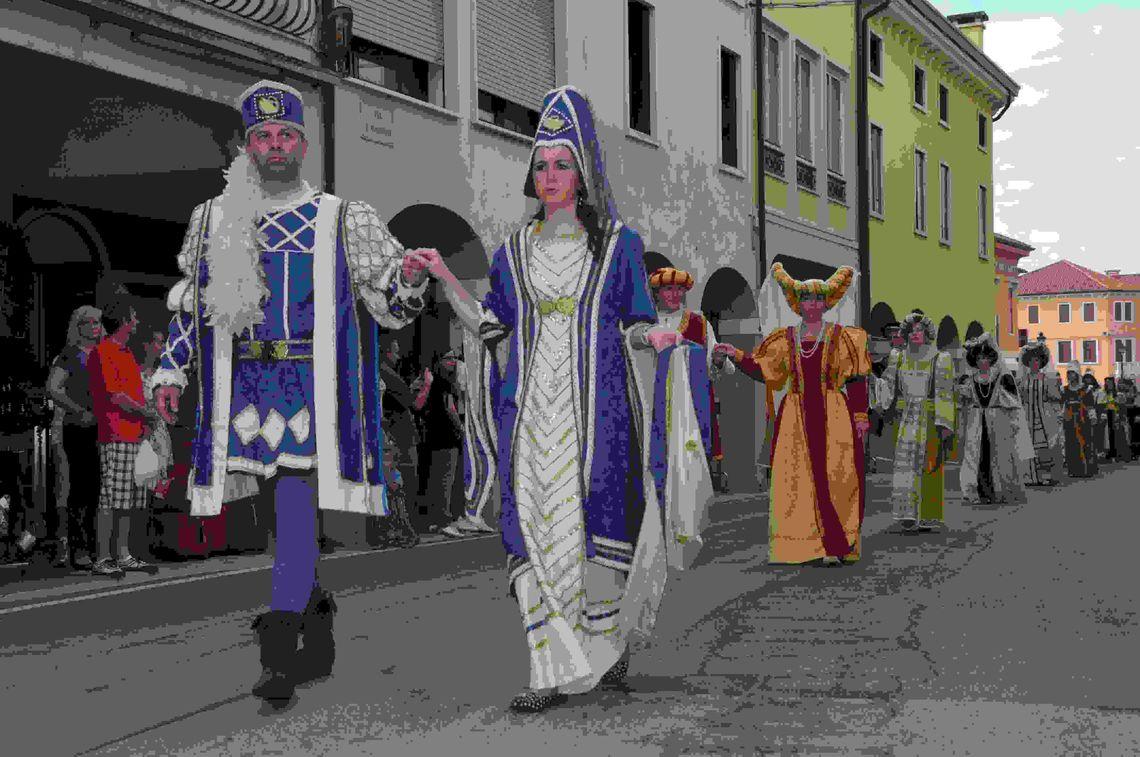 Palio di Camisano Vicentino - parata 1 -  Associazione Le Contrade del Palio di Camisano Vicentino