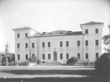 Giardino di Villa Baroncelli, Rezzonico, Widman, Baroni Semitecolo, Gasparini, Borella