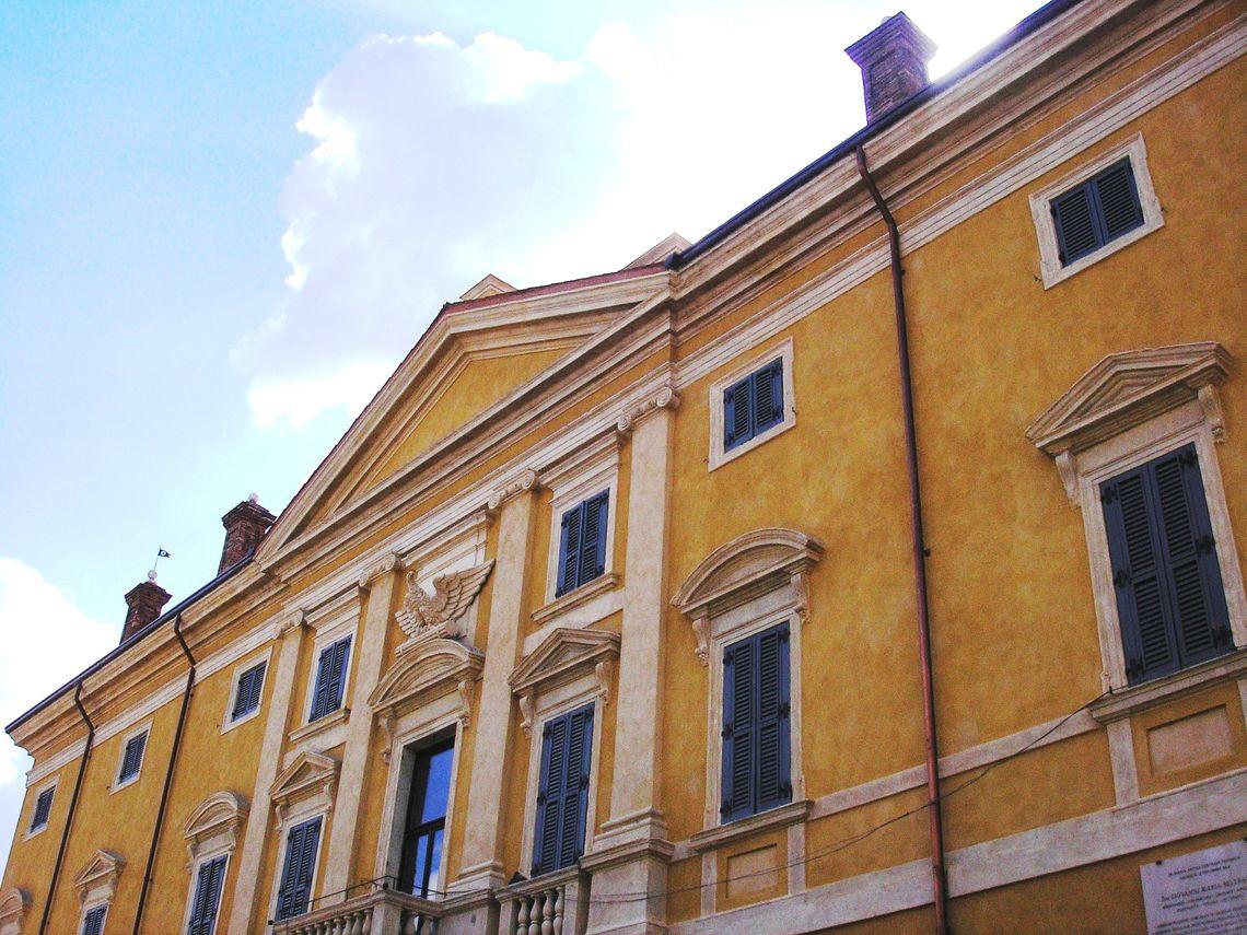 BiblioTour – Valeggio sul Mincio VR,  Palazzo Guarienti
