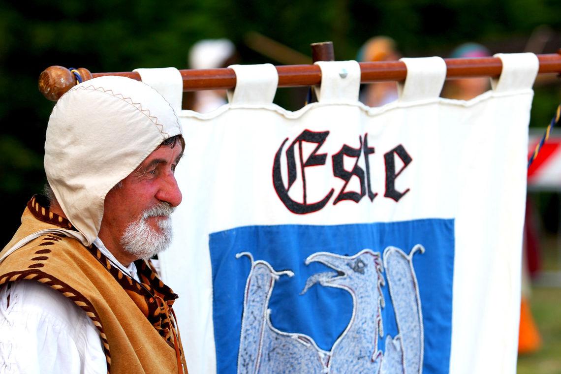 Alla corte degli Estensi - 1 -  Associazione Este Medievale
