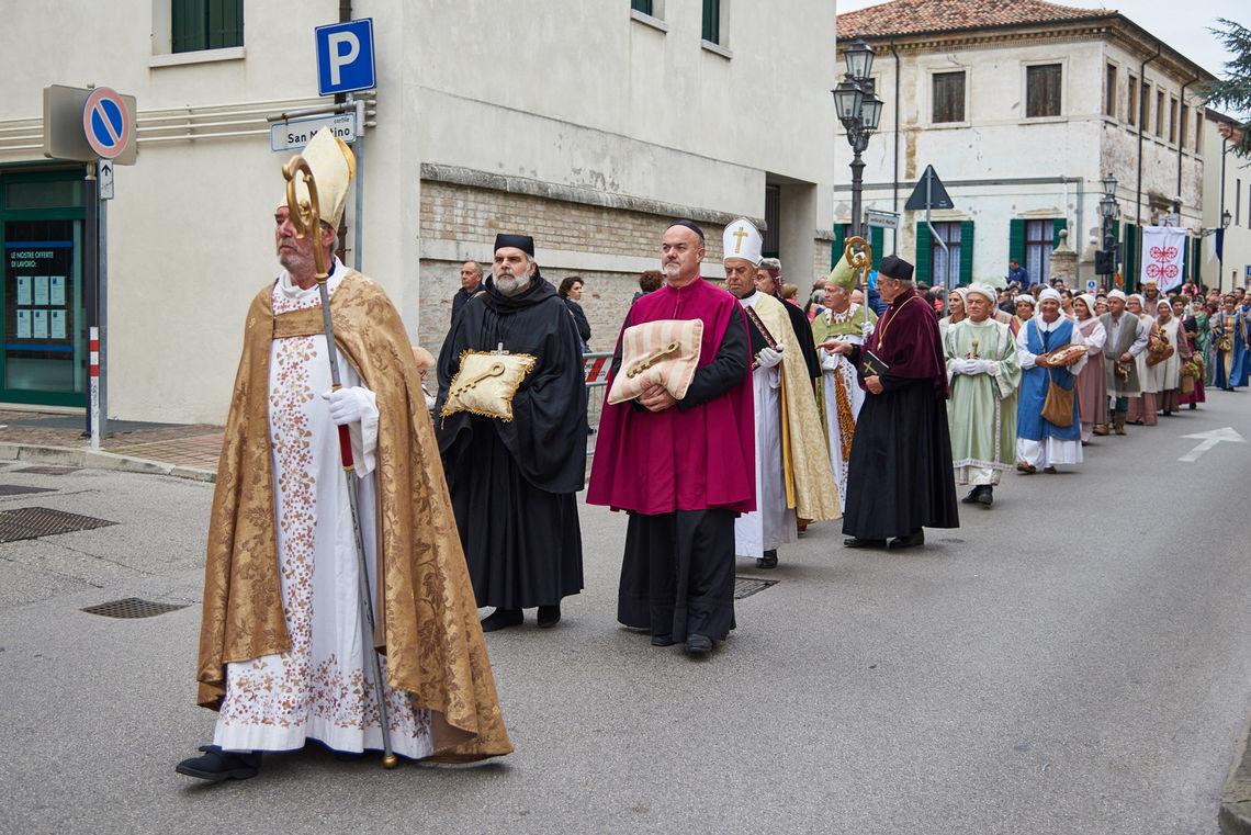 San Martino a cavallo - processione -  Centro Turistico Giovanile Saccisica  (Alberto Chiggiato)