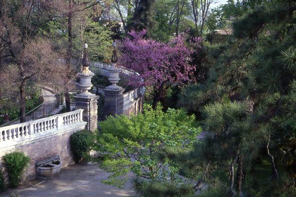 Porta Ovest in primavera - Crediti: Orto Botanico