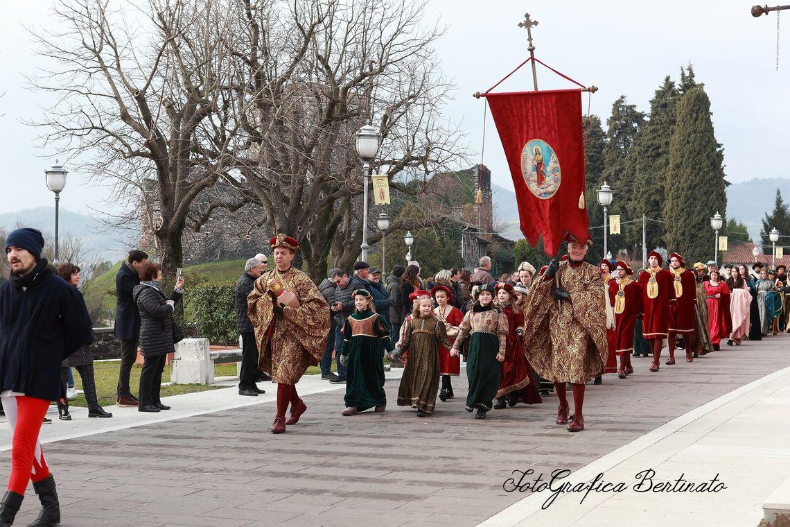 Festa di Sant'Agata - parata 1 -  Associazione di Volontariato S. Agata (Grafica Bertinato)