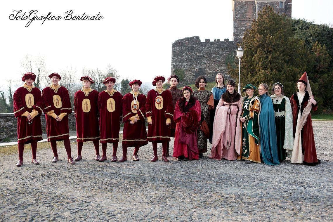 Festa di Sant'Agata - foto di gruppo -  Associazione di Volontariato S. Agata (Grafica Bertinato)
