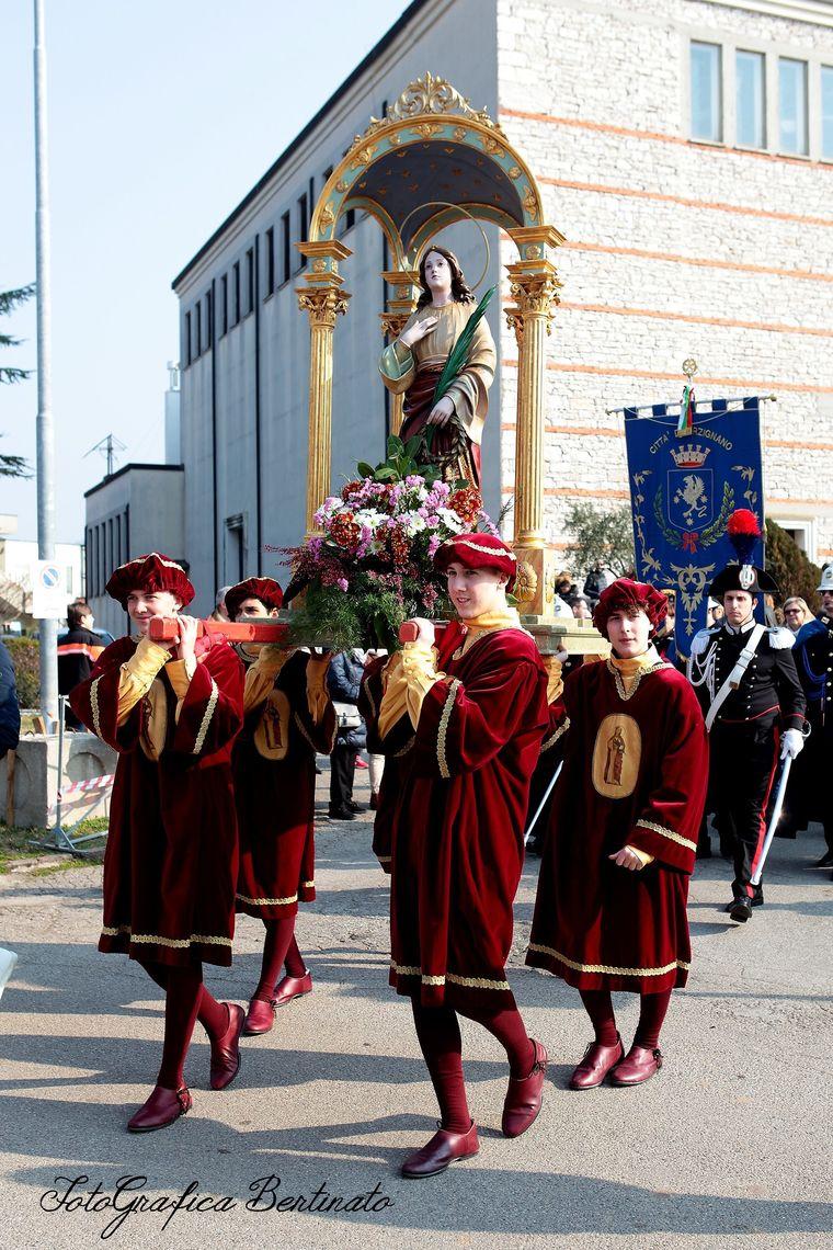 Festa di Sant'Agata - processione -  Associazione di Volontariato S. Agata (Grafica Bertinato)
