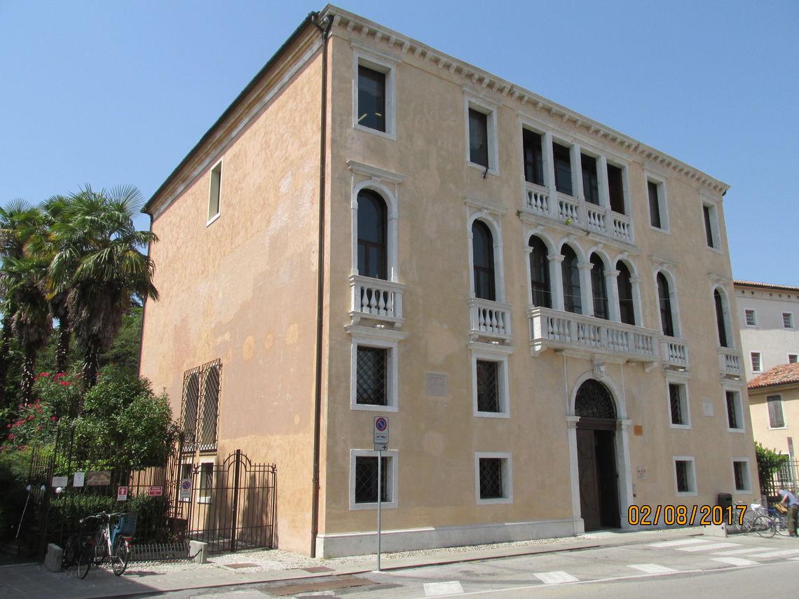 BiblioTour, Portogruaro VE, Palazzo Altan Venanzio