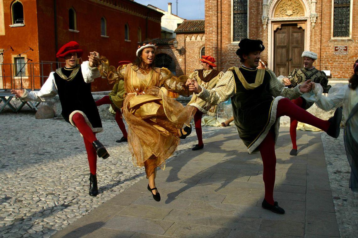 Rievocazione Storica Thiene 1492 - danze -  Comitato Rievocazione Storica Thiene 1492