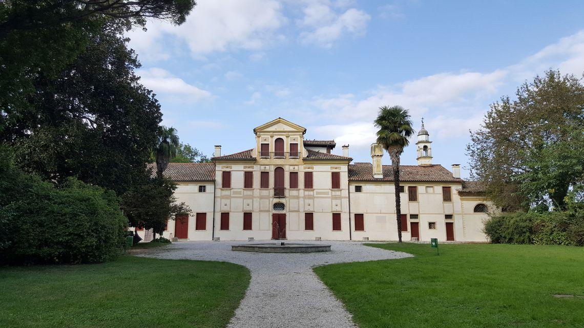BiblioTour, Zero Branco TV, Villa Guidini