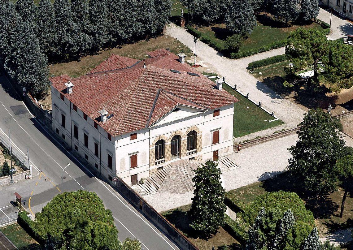 BiblioTour, Caldogno VI, Villa Caldogno