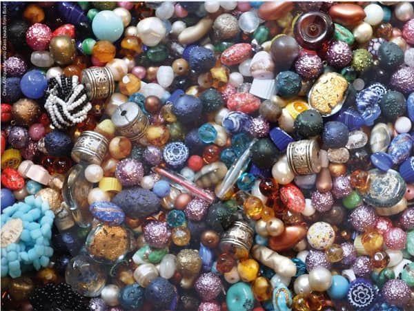 """L'arte delle perle di vetro """"patrimonio immateriale dell'umanità"""""""