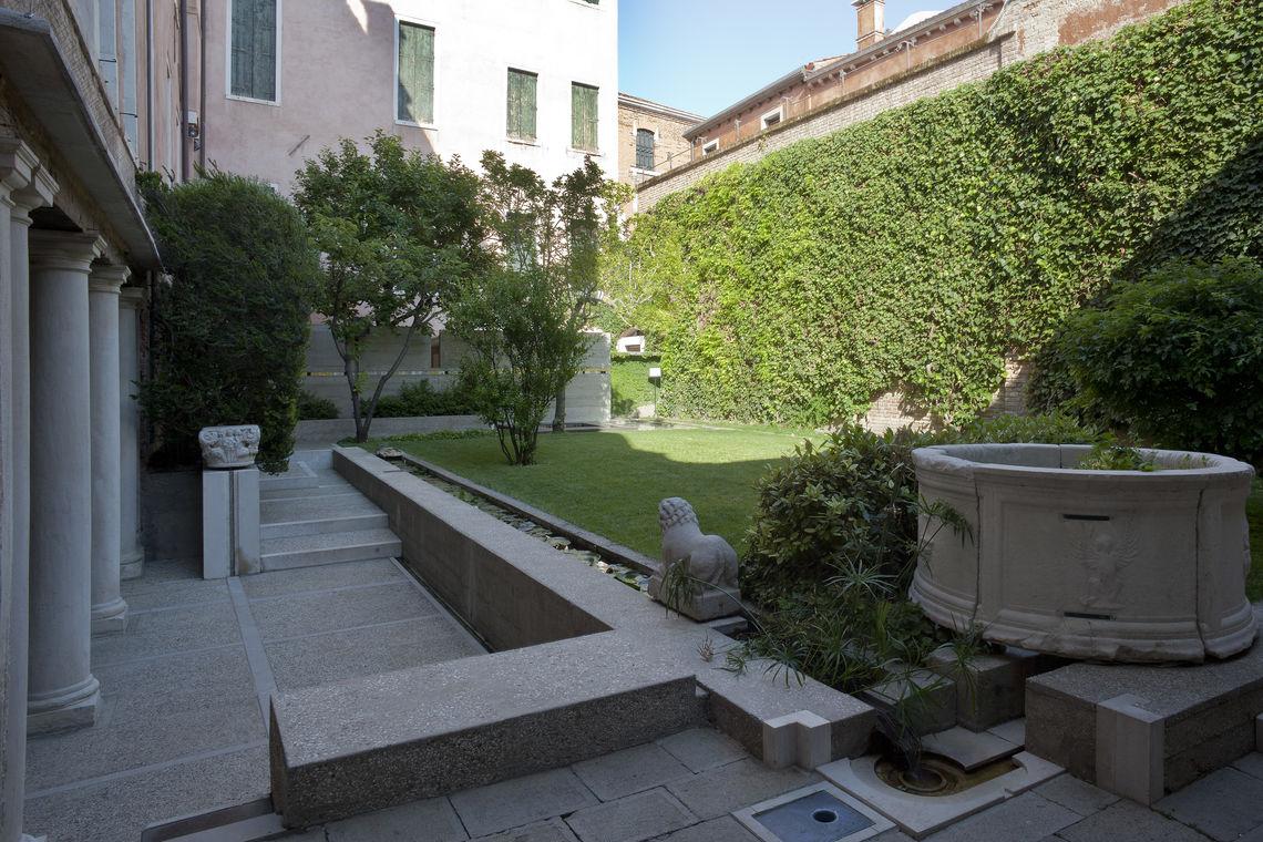 Fondazione Querini Stampalia, giardino Carlo Scarpa 01 -  Courtesy Fondazione Querini Stampalia, Venezia